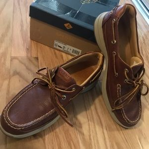 SPERRY NWOT Gold Cup Collection Men's Size 10 Med